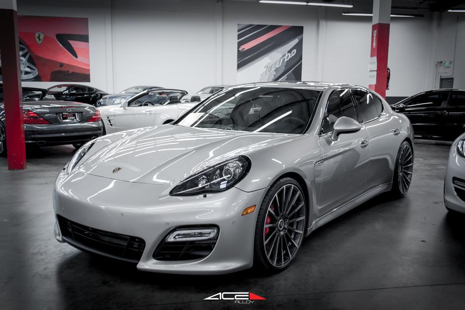 Silver Porsche Panamera Ace 22 Devotion D728 Mica Machined Face Aftermarket Wheels